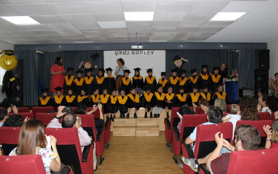 Graduación de alumnos de infantil